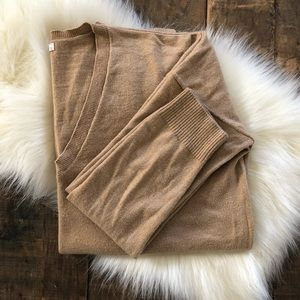 GAP Camel Merino Wool Blend Sweater - Sz: M
